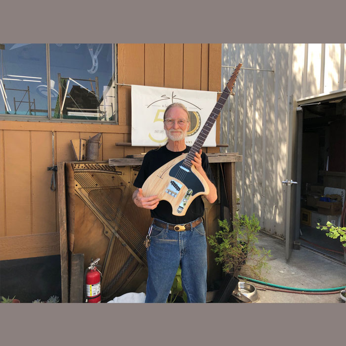 Steve Klein with sTele swamp ash Klein Guitars クライン・ギター スティーブ・クライン