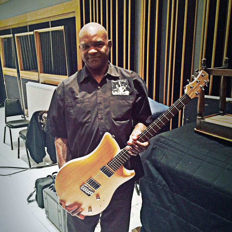 relish guitars VINCENT DENNIS GUITAR TECH for PRINCE BEN HARPER RICHIE SAMBORA レリッシュ・ギター