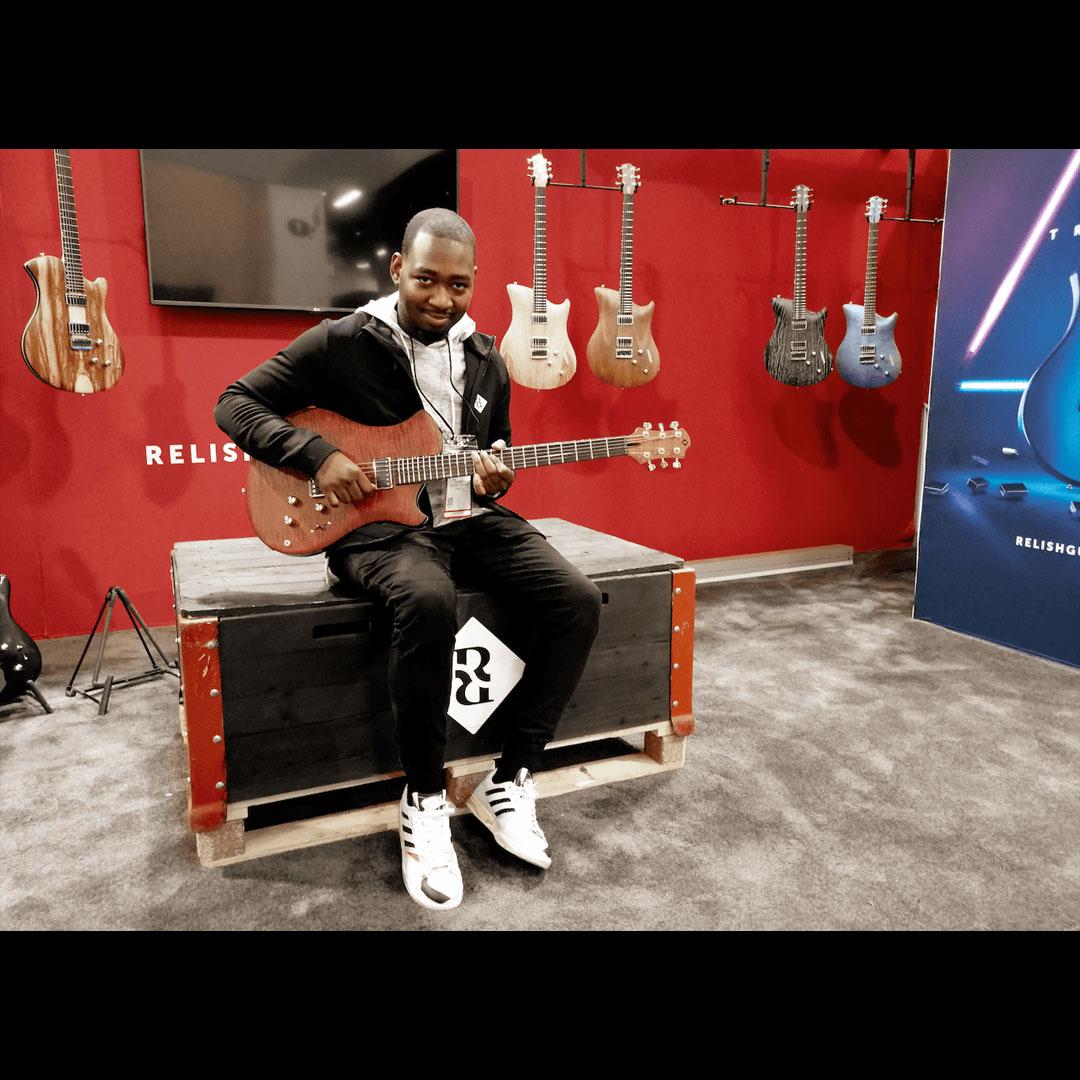 isiah sharkey relish guitars レリッシュギター