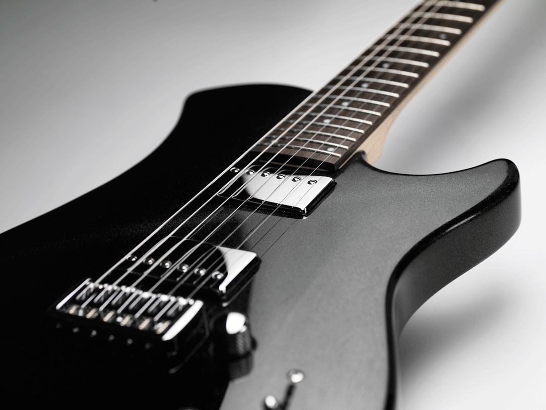 TRINITY BY RELISH Metallic Black ボディ